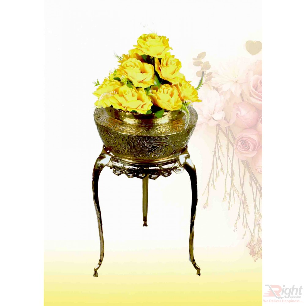 Pitol Small Tob and Stand Set With Yellow Flowers