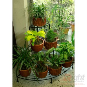 Triangle shape Indoor Tob stand With Live Plants