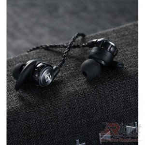RB-S10 BLUETOOTH WIRELESS EARPHONE